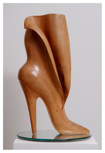 Photo of shoe sculpture